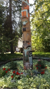 Lake MacDonald Lodge Totem